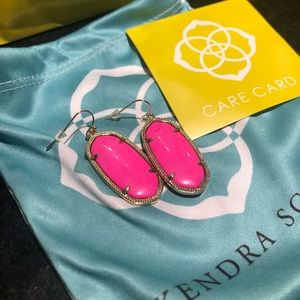 Kendra hot pink earrings